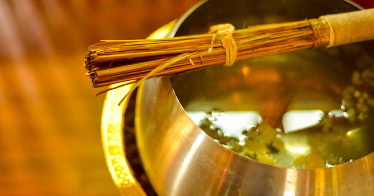 น้ำมนต์ น้ำศักดิ์สิทธิ์ ในวัฒนธรรมไทย