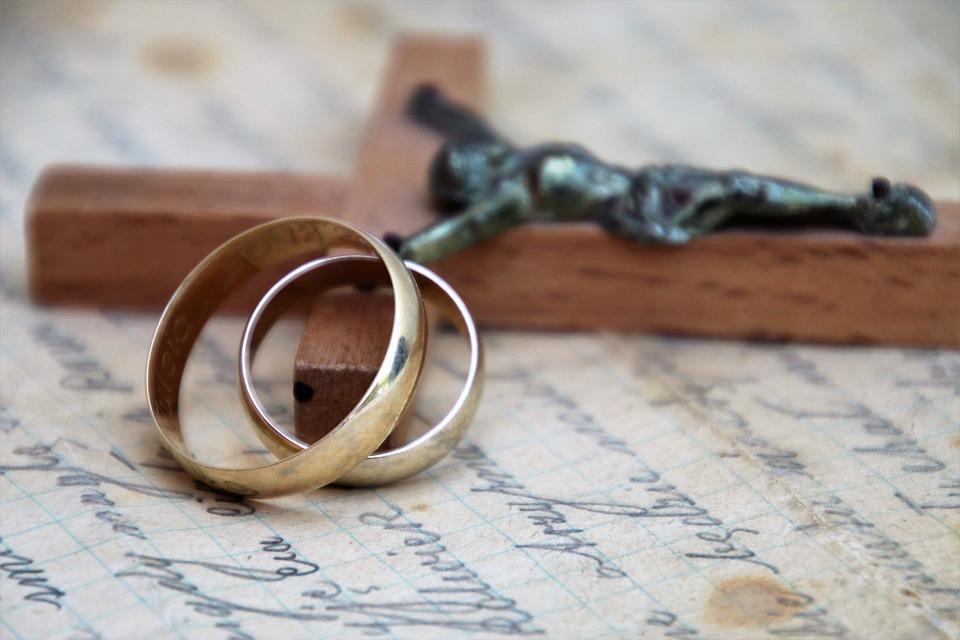 ฝันว่าได้แหวนทอง